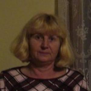 Angela Frešer
