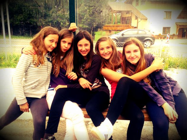 I love this girls!<3