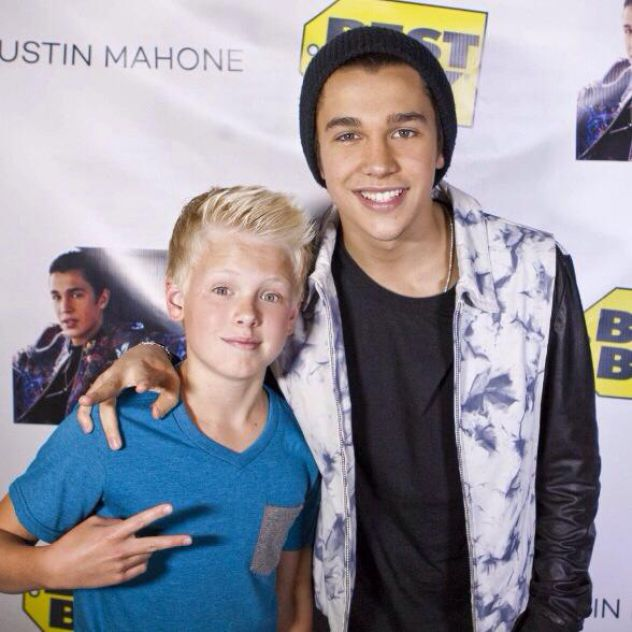 Congrats to my bro Austin Mahone on the new EP The Secret!!!