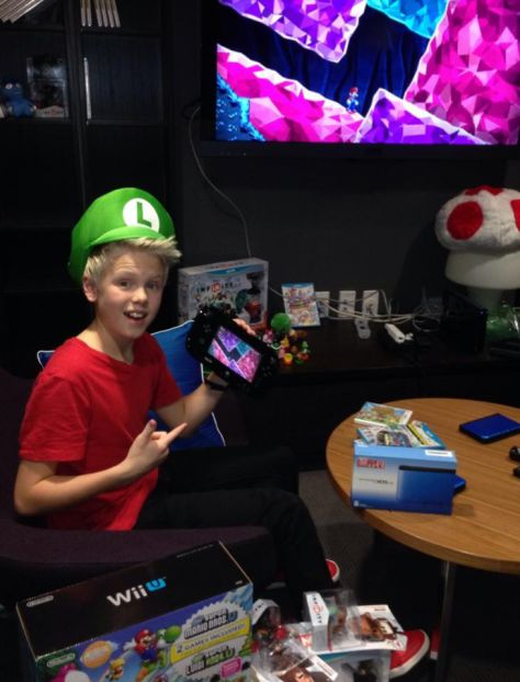 Had a blast visiting the Nintendo showroom today and playing all the games!!! Who else loves Nintendo???
