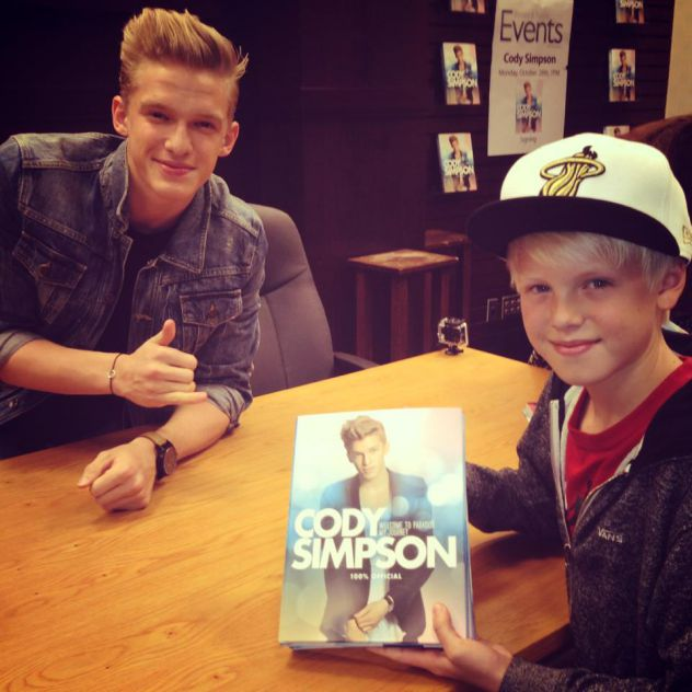 Great seeing my mate Cody Simpson last night at Barnes and Noble. Everybody go buy his book!!!