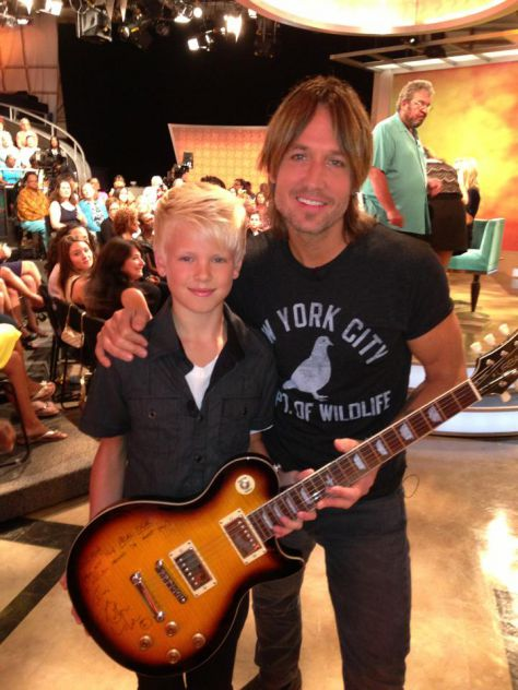Can't believe I jammed with Keith Urban on ABC The View show today!!!!!!!