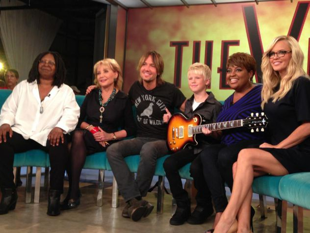 TOTAL SHOCKER!!! I was on ABC The View show with my music inspiration Keith Urban today. He even gave me a signature Urban series guitar! This was a total surprise and blessing! Meeting the ladies was super cool too!