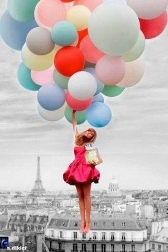 Punčka z baloni