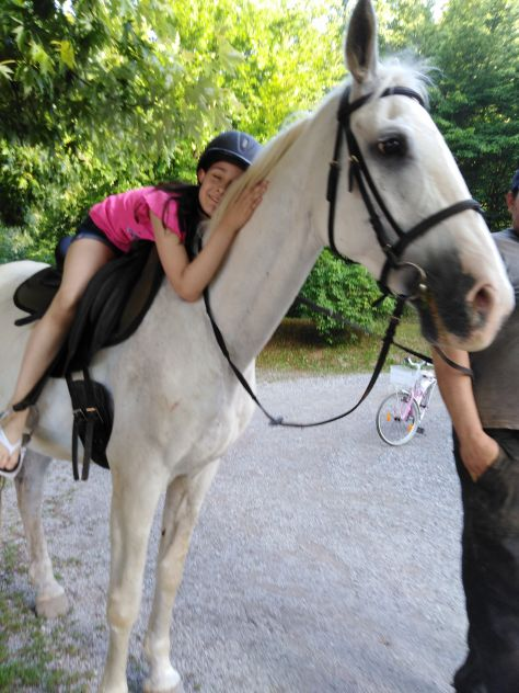 Ana end horses.... Najbolša prijateljica na svetu. To si zapomni!