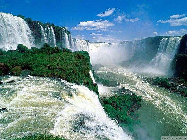 Slap Iguazu