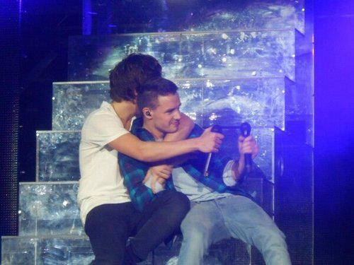 Harry and Liam wwwwwaaaaaaaaaaawwwwwww