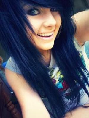 emo_girl_isa